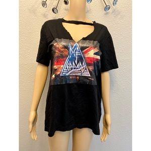 Short sleeve band t-shirt